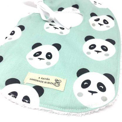 babero panda mint detalle