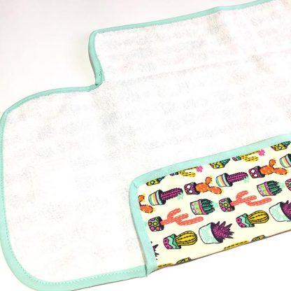 cambiador portátil bebé estampado cactus de colores interior