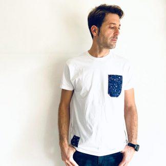 camiseta chico blanca constelaciones