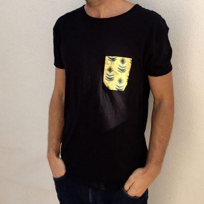 camiseta chico urban negra bolsillo palmas