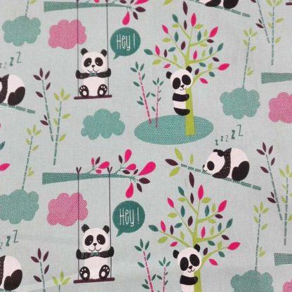 tela osos panda y árboles
