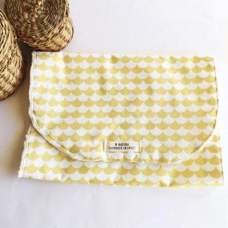 toalla de lactancia amarillo